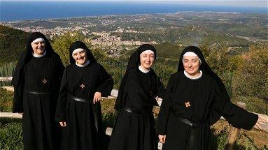 Co-Ro, sabato appuntamento in piazza Steri per dialogare con le Monache Agostiniane